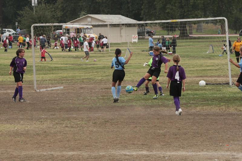 Soccer2011-09-17 10-25-42_2.JPG