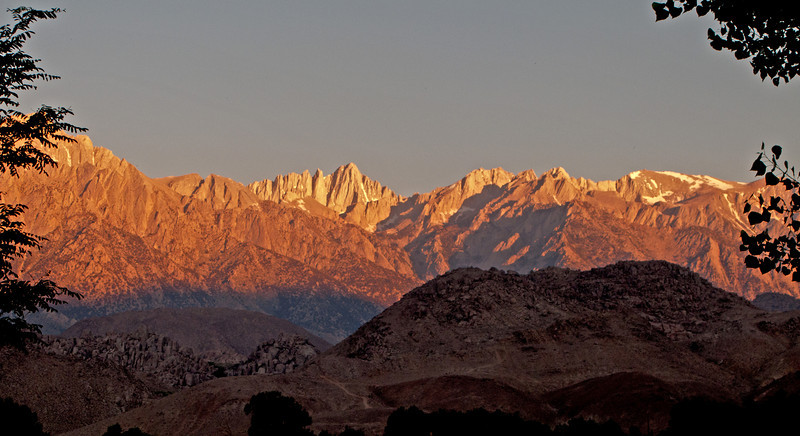 Whitney sunrise from Lone Pine 2 scrn.jpg