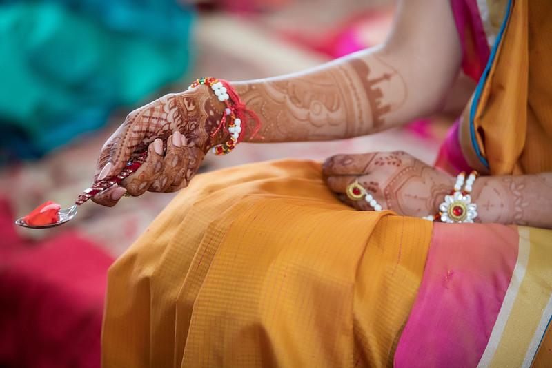 Hina_Pithi_Pooja-104.jpg