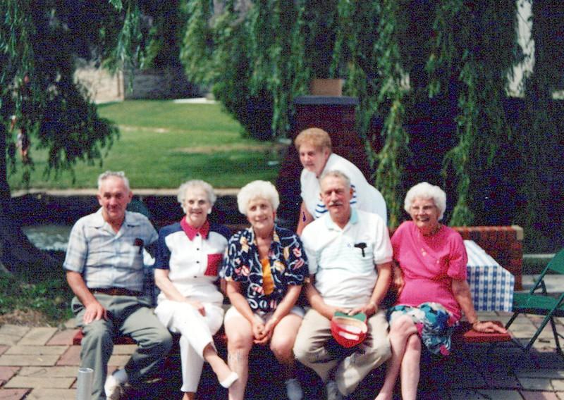 Hector, Guyla, Vivian, Nelda, Cline, Helen.jpeg