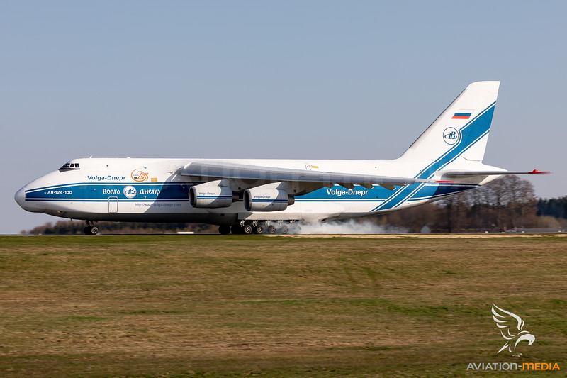 Volga-Dnepr Airlines | Antonov An-124-100 Ruslan | RA-82043