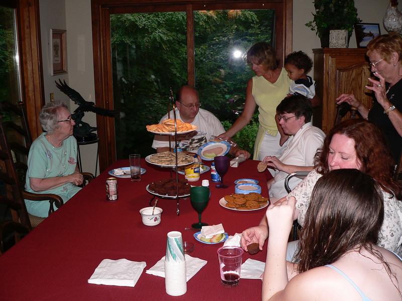 Voorhees Reunion Sherman CT 2005 188.jpg
