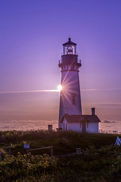 yaquina head lighthouse sunlight jpg.jpg