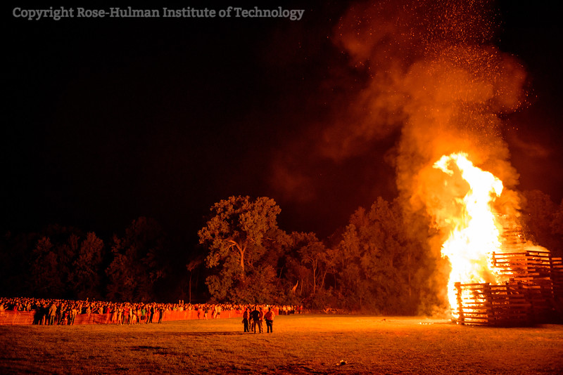 RHIT_Homecoming_2017_BONFIRE-21679.jpg