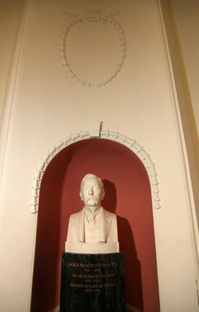 Peabody Institute Library