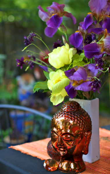 The head I got at MARSHALLS.  It's heavy glass lined with copper mirror.  Love Love Love it!!