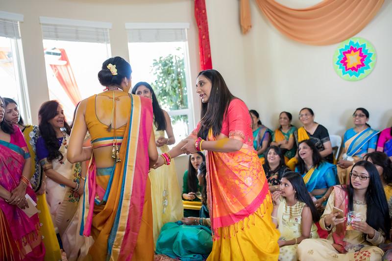 Hina_Pithi_Pooja-271.jpg