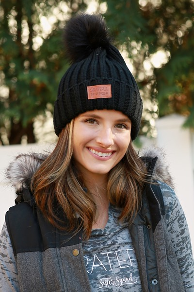 Black Knit Pom Hat_winter look 4P7A8211.jpg