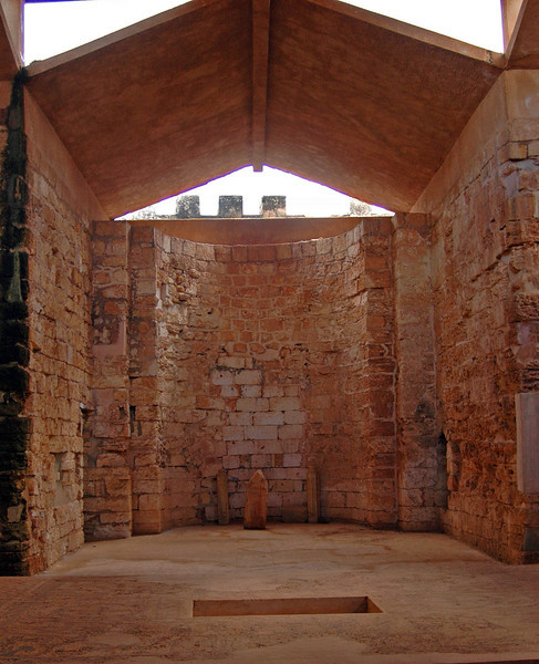 Qasr Libya, Byzantine church/apse, 6th century A.D. Early Christians adapted the form of the Roman basilica, the law courts of the Roman judiciary, to religious purposes.