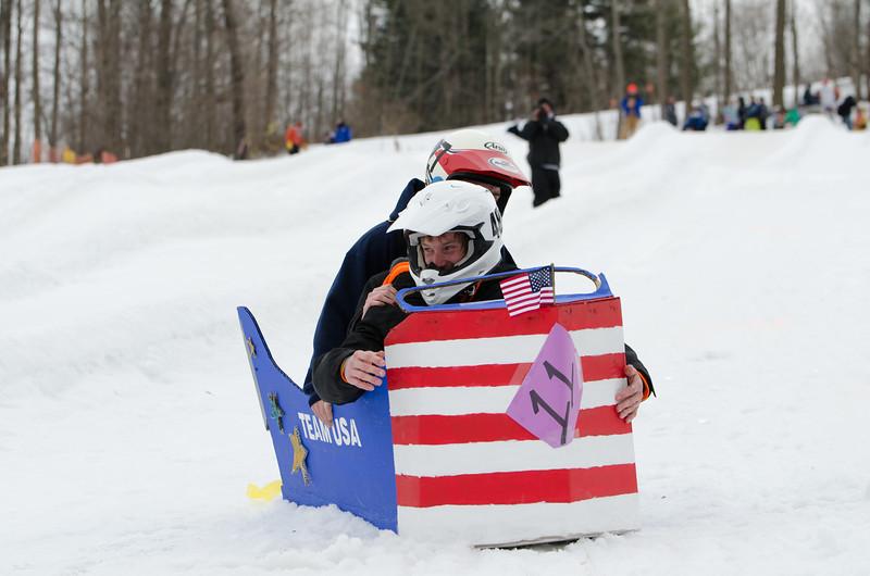 Carnival-Sunday-2014_Snow-Trails_0385.jpg