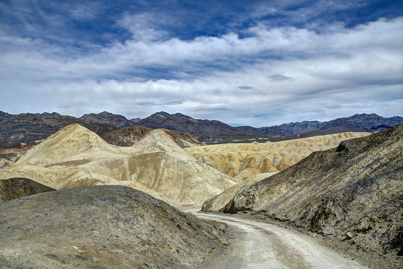 Death-Valley-10mulesRd-corlorfulhills-Photos-rjduff.jpg