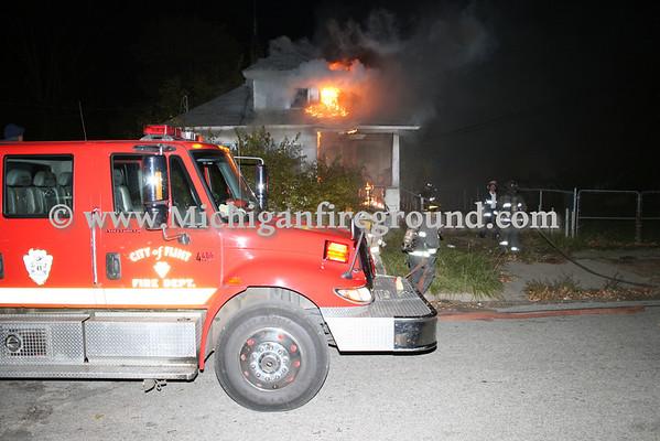 10/31/08 - Flint house fire, 111 Edmund & Esther