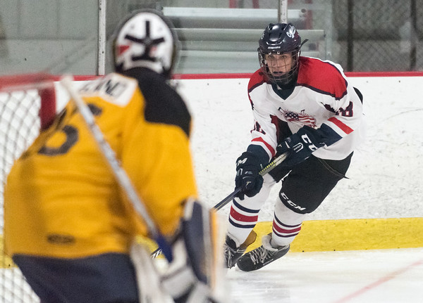 07/26/18 Wesley Bunnell | Staff Central CT Capitals (Newington) 14U skated to a scoreless tie against Simsbury on Thursday evening at Newington Arena in a Nutmeg Games contest. Kyle Kirejczyk (98).