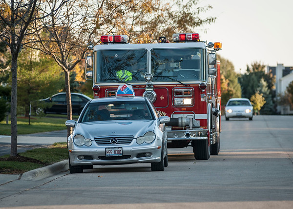 South Elgin Fire Teams Up With Dominos Pizza - Oct. 10, 2012