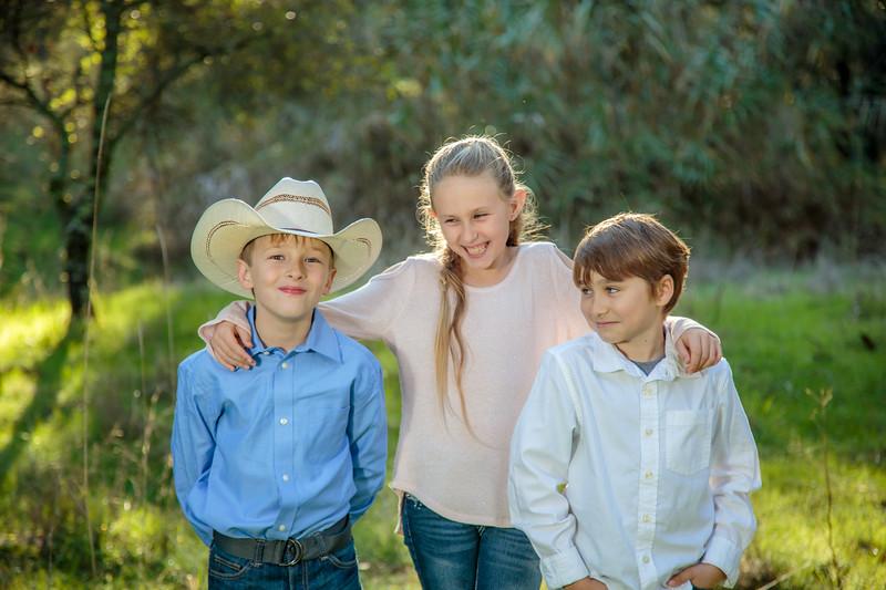 01-06 Savannah's Family-1750.jpg