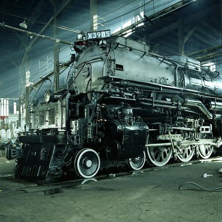 DG B&W UP Steam