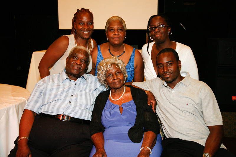 Edouard Family Reunion-3744.jpg