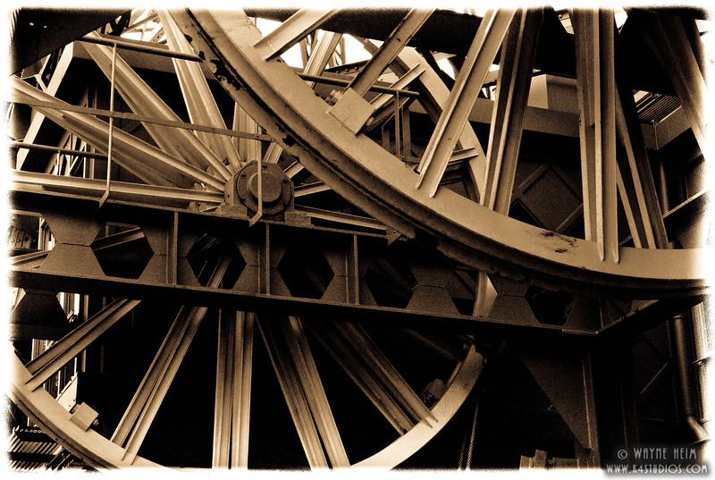 Eiffel Gears. 2      Photography by Wayne Heim