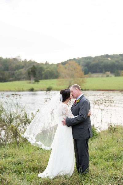 lakeside-wedding.jpg