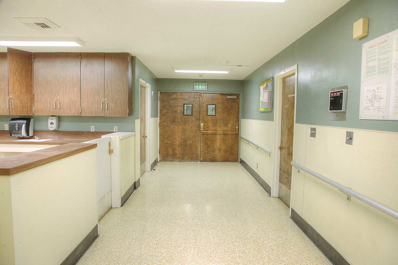 r-22_dorm_hall_int2.jpg