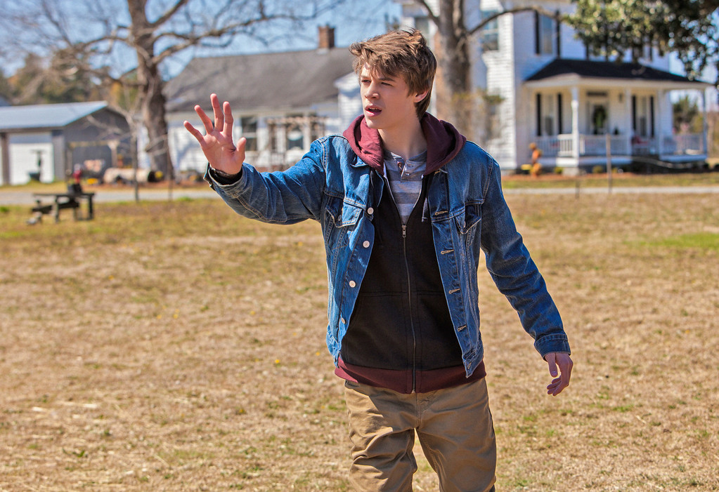 . Pilot-- Joe (Colin Ford) and the residents of Chester\'s Mill find themselves suddenly and inexplicably sealed off from the rest of the world by a massive transparent dome, on UNDER THE DOME premiering Monday, June 24 (10:00-11:00 PM, ET/PT) on the CBS Television Network.   UNDER THE DOME is based on Stephen King\'s bestselling novel. Photo: Michael Tackett/©2013 CBS Broadcasting Inc. All Rights Reserved.