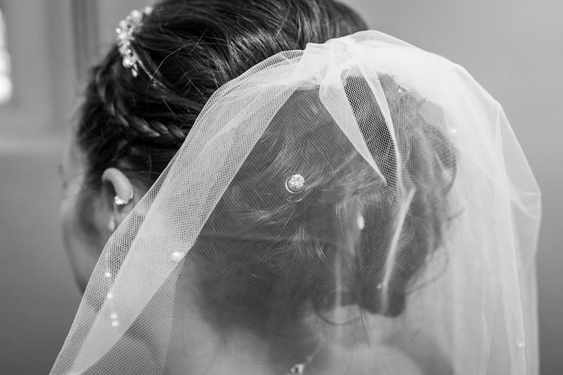 Jennie & EJ Wedding_00187-BW.jpg