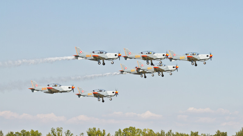 7 x PZL-130 Orlík (Polsko)