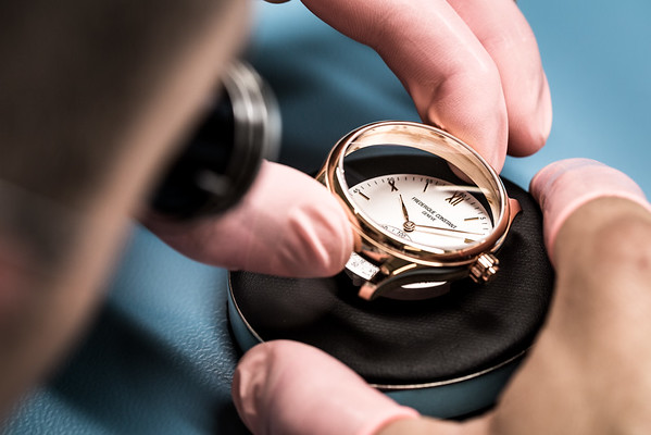 Smart Watch Premiere Frédérique Constant