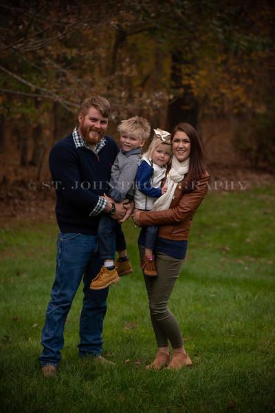 2019 November Ellis Family-290-115.jpg