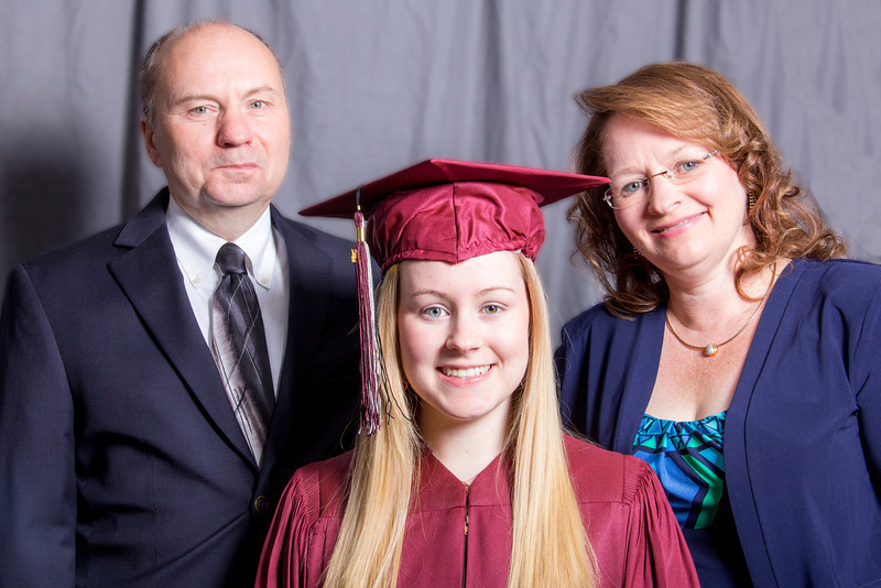 Mulhearn with Parents.jpg