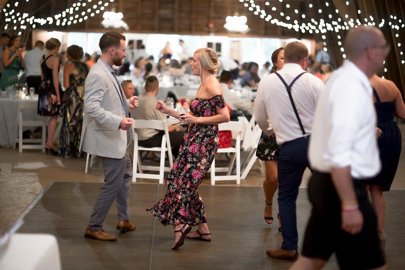 Garrett & Lisa Wedding (679).jpg