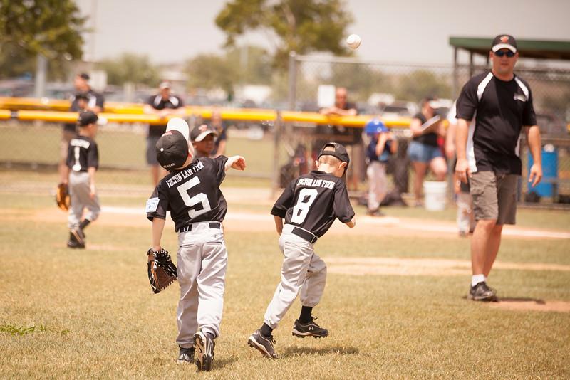 Younger Baseball-66.jpg