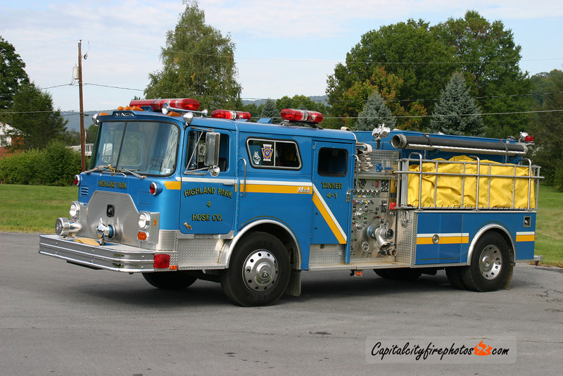 Highland Park Fire Co. (Derry Township) Tanker 4-1: 1980/1995 Mack CF/JC Moore 1250/1600 (X-FDNY)