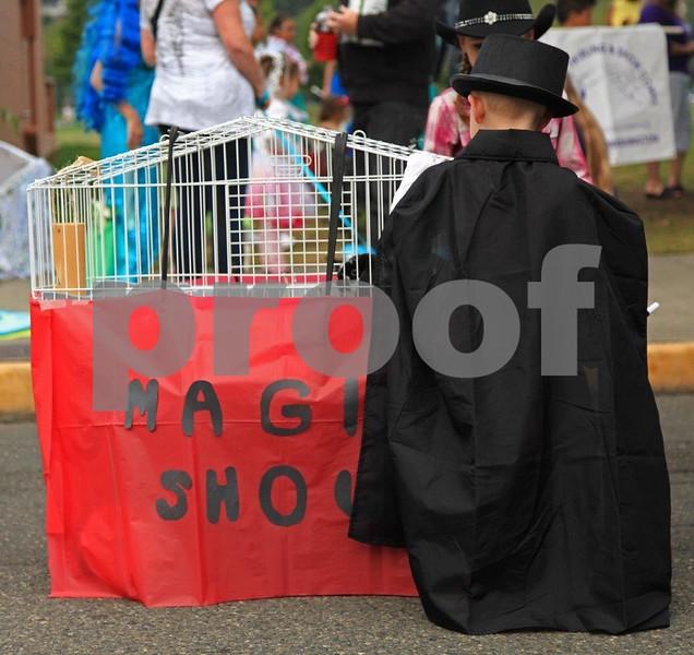 Magic Show 1235c.jpg