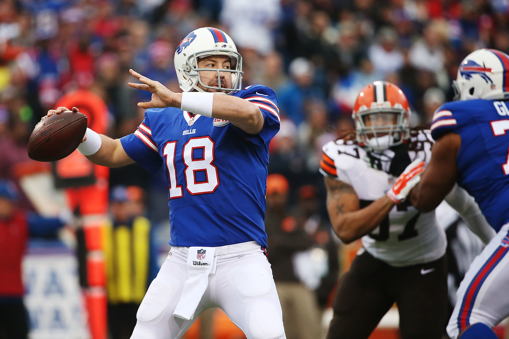 . ORCHARD PARK, NY - NOVEMBER 30:  Kyle Orton #18 of the Buffalo Bills looks to throw against the Cleveland Browns during the first half at Ralph Wilson Stadium on November 30, 2014 in Orchard Park, New York.  (Photo by Tom Szczerbowski/Getty Images)