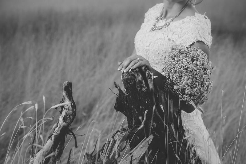 Bridals-67BW.jpg