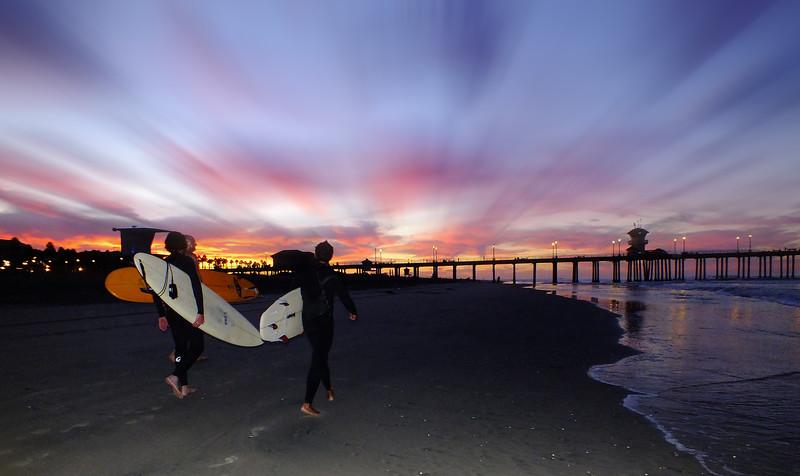 Dawn Patrol Huntington Beach Pier.jpg