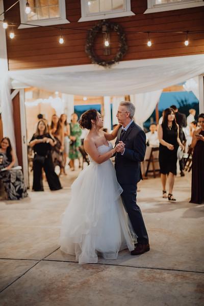 2018-09-22_ROEDER_AlexErin_Wedding_CARD2_0246.jpg