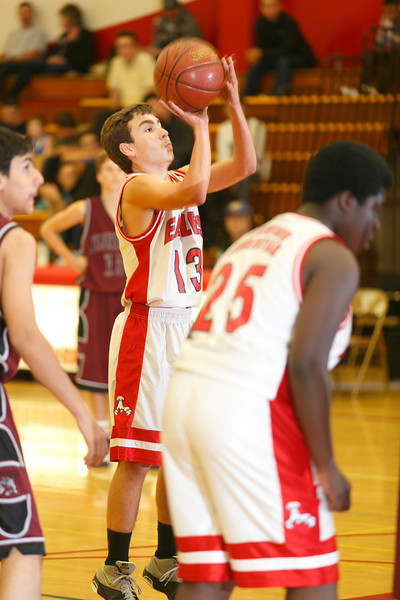 RCS-JV-Basketball-Jan.25.2014-09.jpg