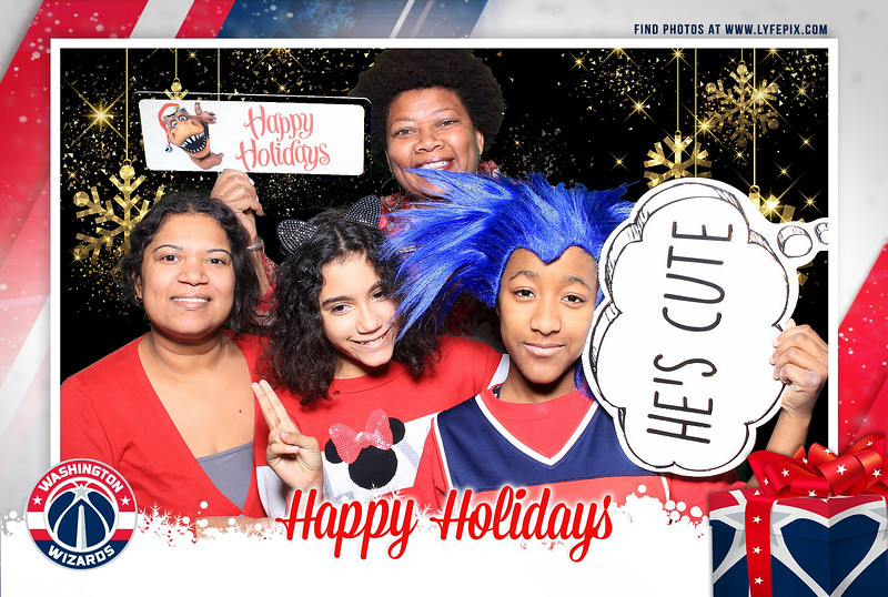 washington-wizards-2018-holiday-party-capital-one-arena-dc-photobooth-192705.jpg
