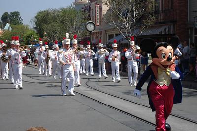 Disneyland 08/06