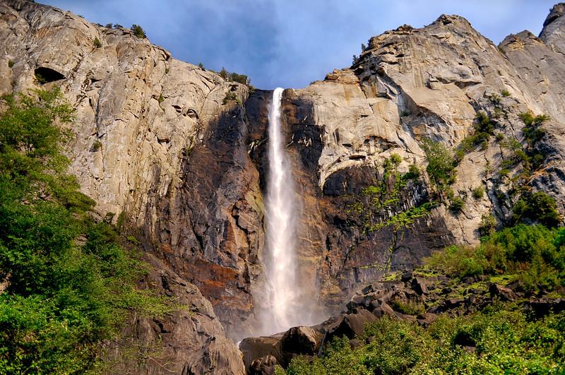 Yosemite - Bridalveil Fall 1.jpg