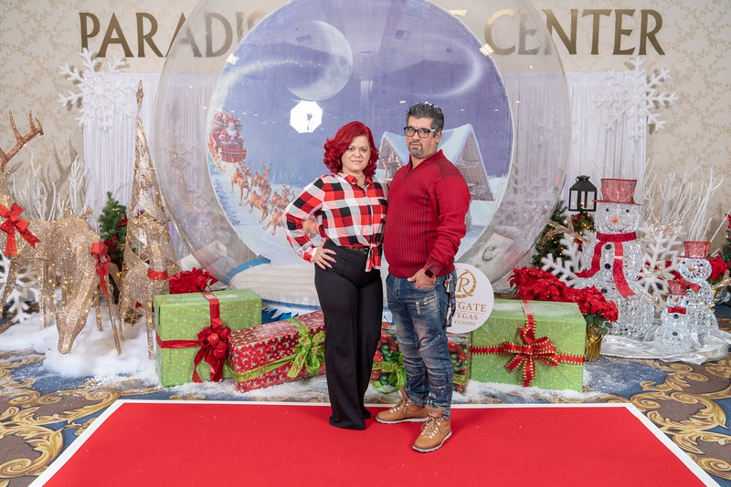 Westgate_Holiday_Party_S&R_2018-28.jpg