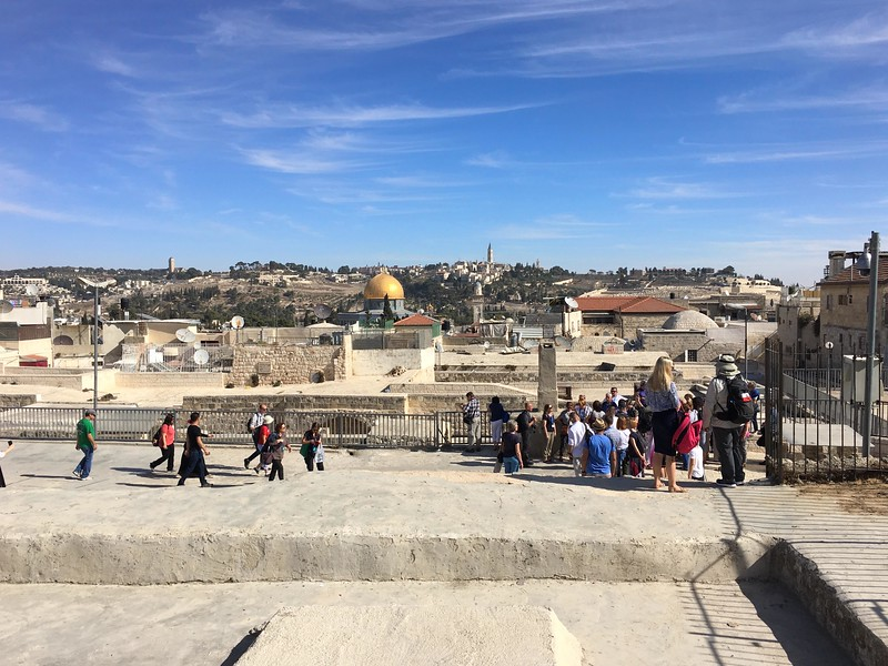 Above Shuk ha-Katsavim St, looking east to Temple Mount/Dome of the Rock
