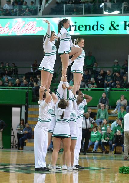 cheerleaders1902.jpg