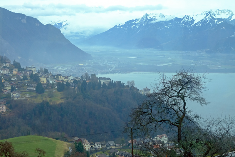 Train Lucerne to Geneva 10.jpg