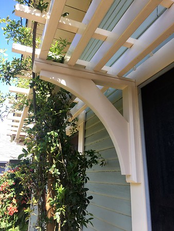 Front Porch Pergola with Wood Bracket 12T4
