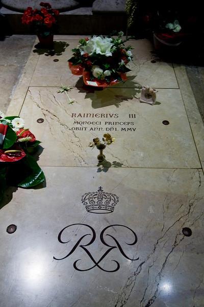 Prince Ranier's Grave.jpg