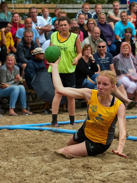 Molecaten NK Beach Handball 2015 dag 2 img 595.jpg