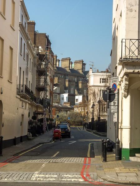 1 - British backstreet in Westminster.jpg